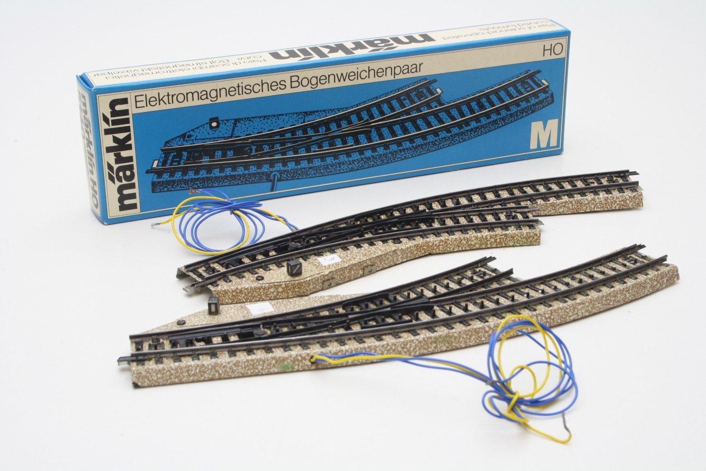 Märklin 5140 Bogenweichenpaar elektrisch M-Gleis Spur H0