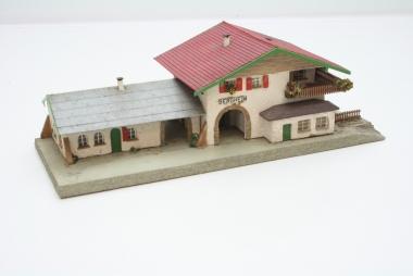 Faller Holzbahnhof Bergheim für H0