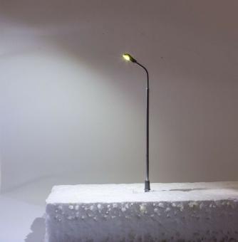 5x Straßenlampe Bogenlampe LED 12V Metall warmweiß mit Widerstände in N Neu
