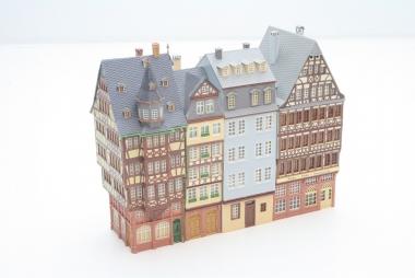 Faller 130911 Römerberg Ostzeile in Frankfurt/Main 4-teilig in H0 -schön gebaut-