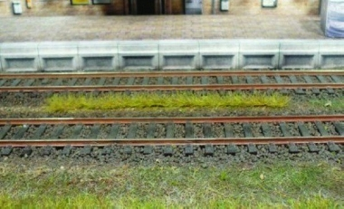 Heki 1810 Grasstreifen Frühling 10 Stück 100 mm Neuware