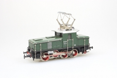 Märklin 3001.1 CE 800 E-Lok Br. E 63 02 grün der DB in Rautenverpackung