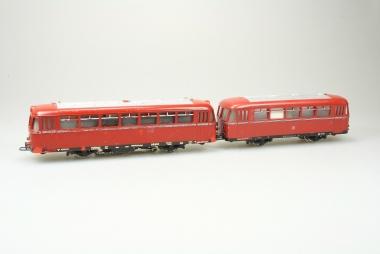 Märklin 3016 DB800 Schienenbus 959 190 mit Beiwagen 142 071 der DB