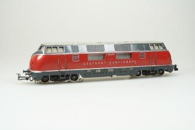 Märklin 3021 sehr schöne Diesellok Br. V 200 027 der DB in Originalverpackung