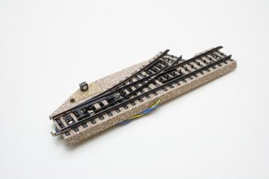 Märklin 5137 elektrische Weiche links M-Gleis 5138 Top Zustand