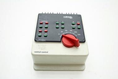 Märklin 6022 Digital Central Control mit Bedienungsanleitung