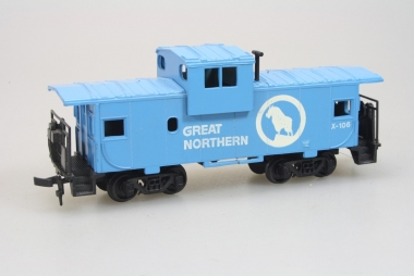 Bachmann 17711 36' Wide Vision Caboose der Great Northern in H0