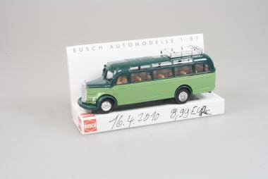 Busch 41045 Mercedes O-3500 Reisebus in H0/1:87 neu