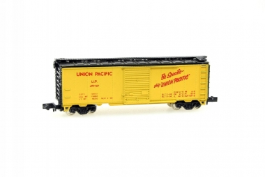 Con-Cor 1001H 40' STD. STL. Boxcar der UP Spur N in Originalverpackung