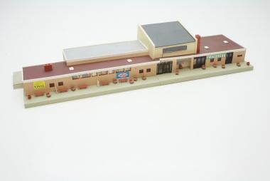 Faller 109111 Bahnhof Neustadt n H0 mit Beleuchtung -gebaut-
