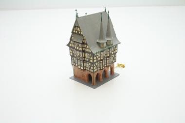 Faller 936 130936 Rathaus Alsfeld in H0 mit Beleuchtung -sehr schön gebaut-