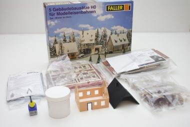 Faller 190396 Gebäudeset Winter im Dorf in H0 in Originalverpackung
