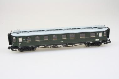 Fleischmann 8780 K Personenwagen der DR in N Top Zustand in Originalverpackung