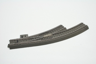 Märklin 24671 C-Gleis elektrische Bogenweiche links in H0
