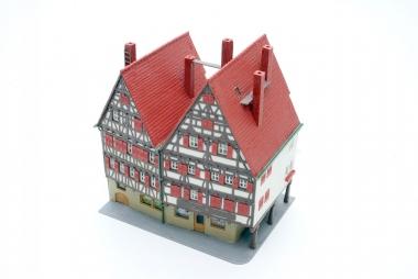 Kibri 8404 Rathaus Apotheke in H0 -sehr schön gebaut-