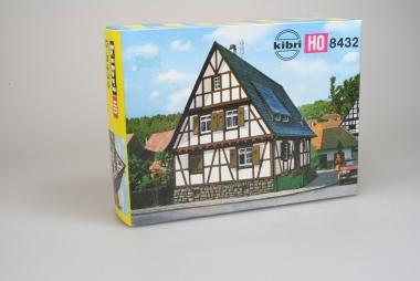Kibri 8432 Wohnhaus Fachwerkhaus in Öschelbronn in H0 Bausatz