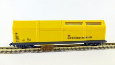 Lux 9070 Vacuum-Cleaner wagon for DC N-Tracks SSF-09 analog and digital new