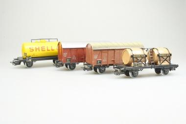 Märklin interessante Sammlung ältere Güterwagen in H0 teils mit OVP
