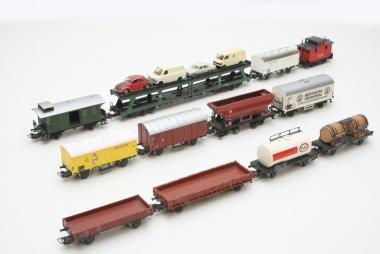 Märklin interessante Sammlung ältere Güterwagen in H0