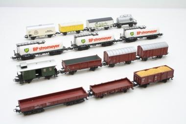 Märklin interessante Sammlung Güterwagen in H0