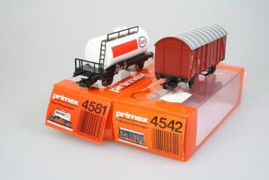 Märklin Primex 4542 4581 2 sehr schöne Güterwagen H0 in Originalverpackung