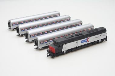 Mehano Zug Amtrak 5-teilig in H0 neu Funktion geprüft