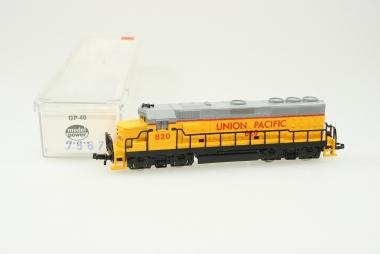 Model Power 7567 Diesellok GP-40 820 der Union Pacific in Originalverpackung