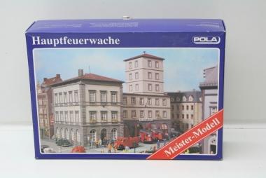 Pola 196 Hauptfeuerwache in H0 Bausatz