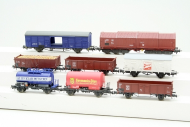 Roco interessante Sammlung Güterwagen in H0
