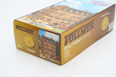 Vollmer 3782 City Hotel with interior lighting H0