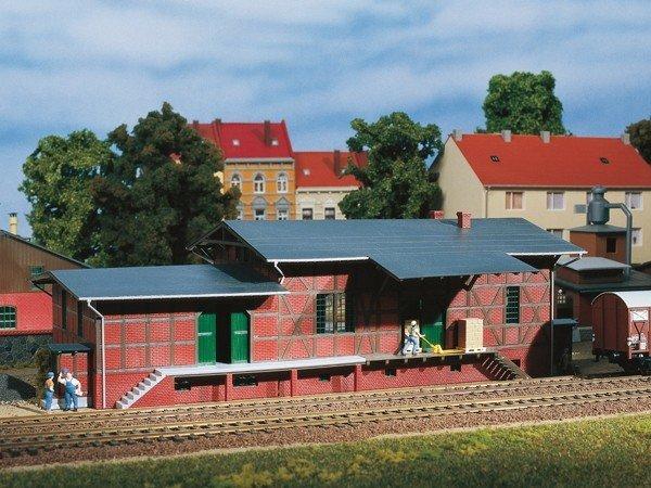 Auhagen 11383 Güterschuppen in H0 Bausatz