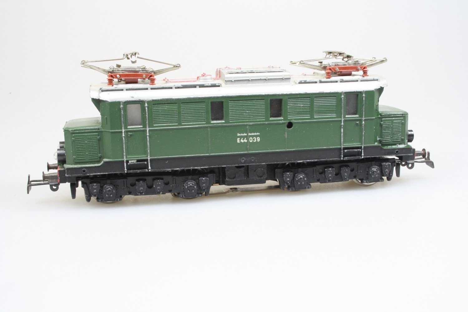 Märklin 3011 E-Lok E44 039 der DB digital ESU Decoder