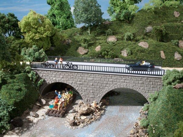 Auhagen 41589 Kleine Straßenbrücke in H0/TT Bausatz