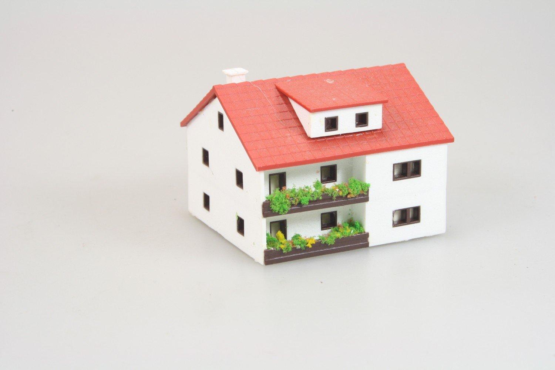 Märklin 8964 Miniclub Wohnhaus ohne Garage in Z -gebaut-